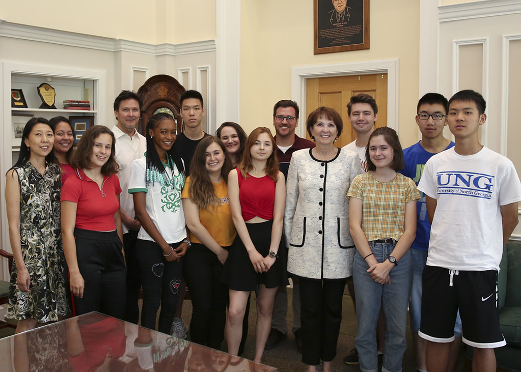 International students meet with President Jacobs.